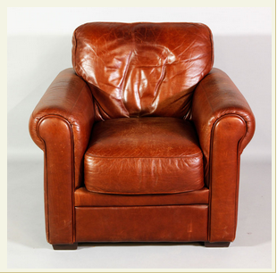 English Style Leather Club Chair