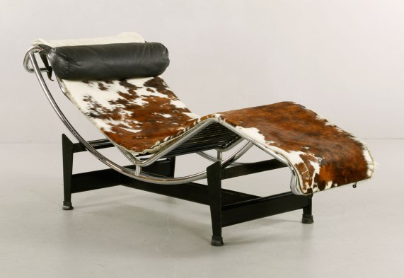 Le Corbusier model LC4 chaise lounge, steel with original cowhide upholstery and original leather pillow